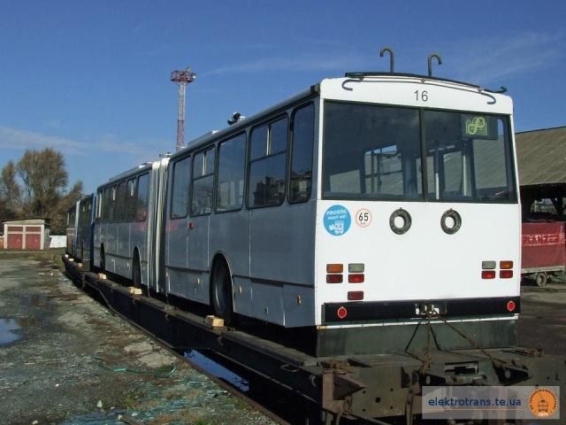 Тролейбуси «Skoda 15Tr»
